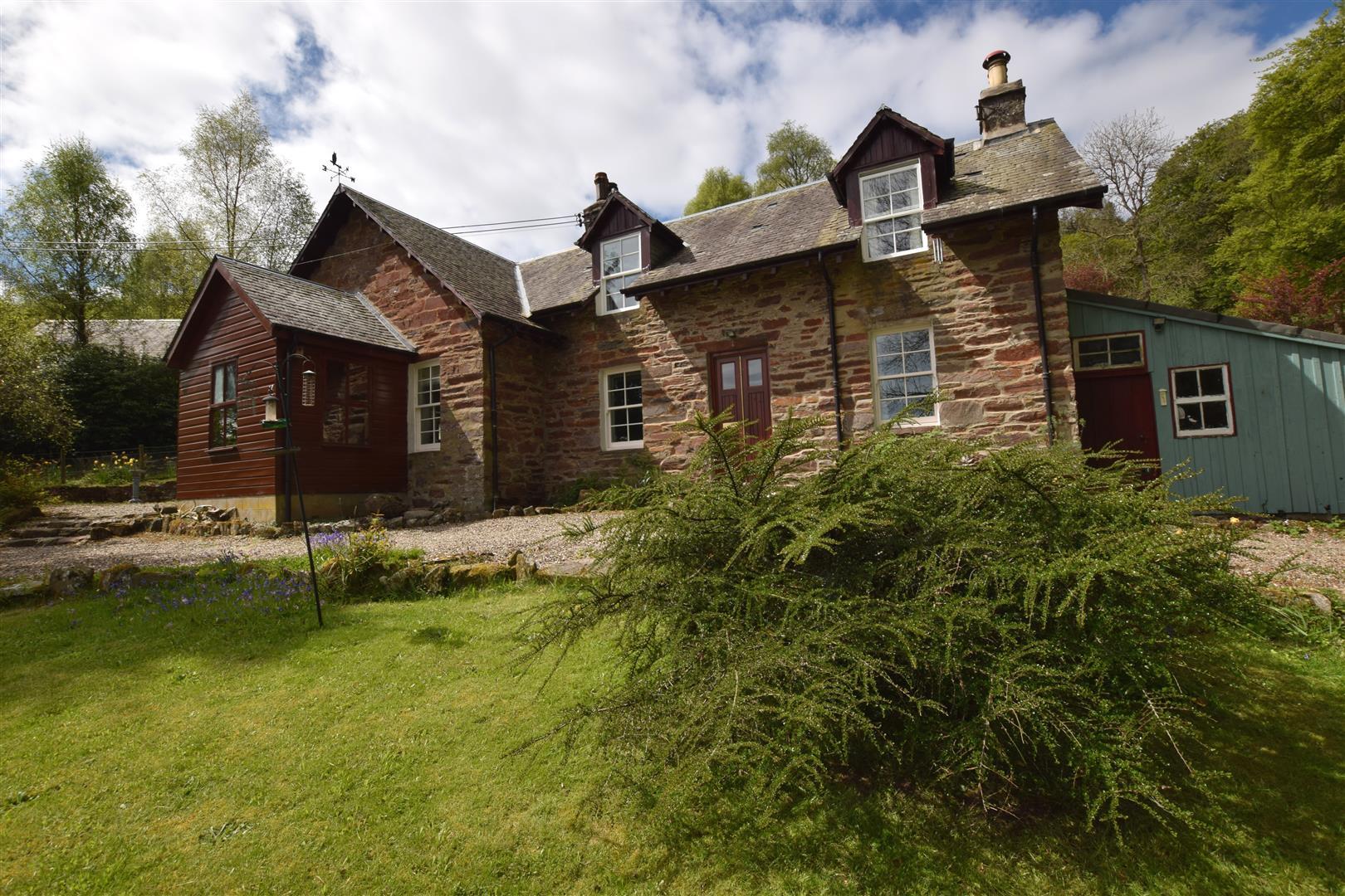 The Schoolhouse, Dalguise, Dunkeld, Perthshire, PH8 0JX, UK